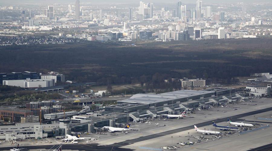 Евакуирани неколку терминали на аеродромот во Франкфурт