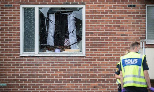 Шведска: Осумгодишно момче убиено од граната фрлена во стан