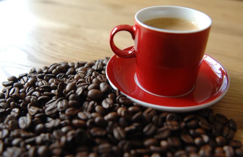 Колку кафиња дневно ви се потребни – Одговорот е во гените