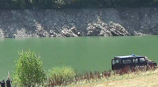 Изваден автомобилот од Калиманци, телото на Дарко најдено во него
