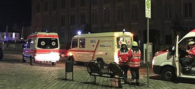 """""""Шпигел"""": Напаѓачите од Вурцбург и Ансбах контактирале со луѓе од Саудиска Арабија"""