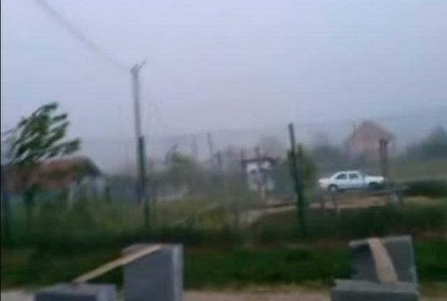 ВИДЕО: Катастрофално невреме го погоди регионот