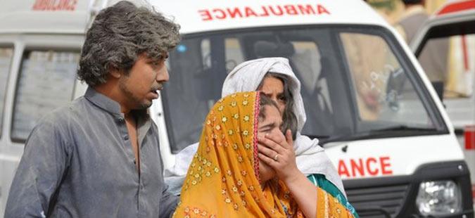 Бомбашки напад во болница во Пакистан – 57 лица загинаа