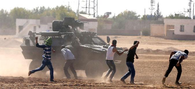 Турција втор ден гранатира позиции на ИД во Сирија
