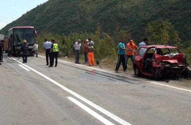 Очевидци за трагедијата кај Удово: Загинатите сопружници не ја предизвикале сообраќајката