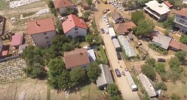 stajkovci-poplavii-640x343