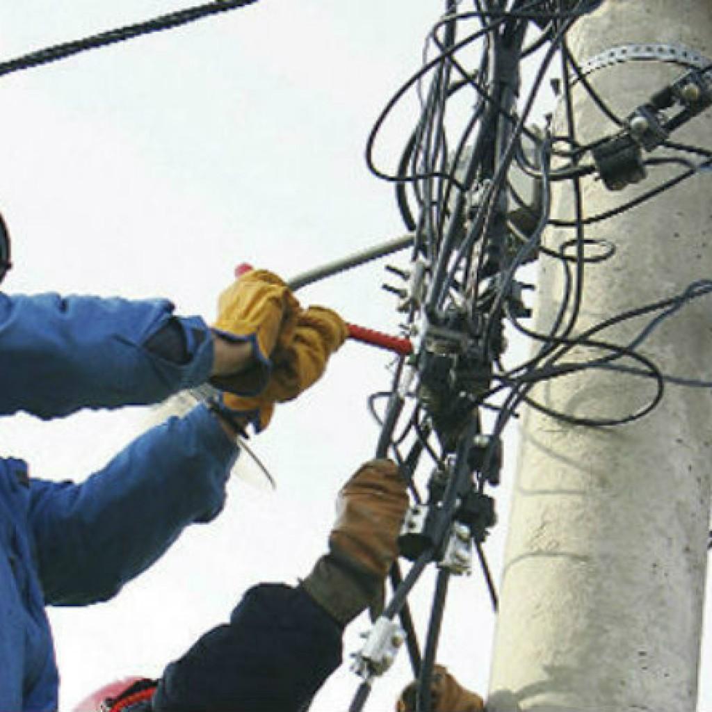 Општина Гази Баба и ЕВН забрзано работат граѓаните од поплавените подрачја што поскоро да добијат струја