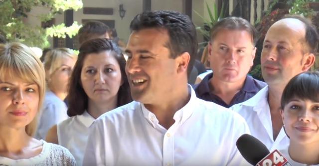 ВИДЕО: Нов лапсус на Заев – На Нова Година ќе преговара за избори во декември!?