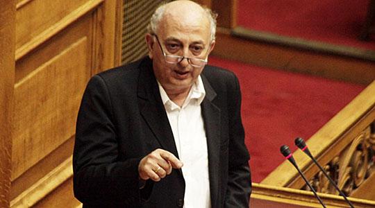 Грчко МНР: Македонија го одолговлекува решавањето на спорот со името