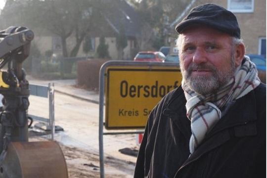 Го нападнале градоначалникот зашто сакал да прими бегалци