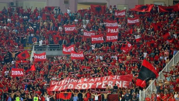 """Скандалознo: Албанските навивачи ги """"присвоија"""" македонските градови (ФОТО)"""