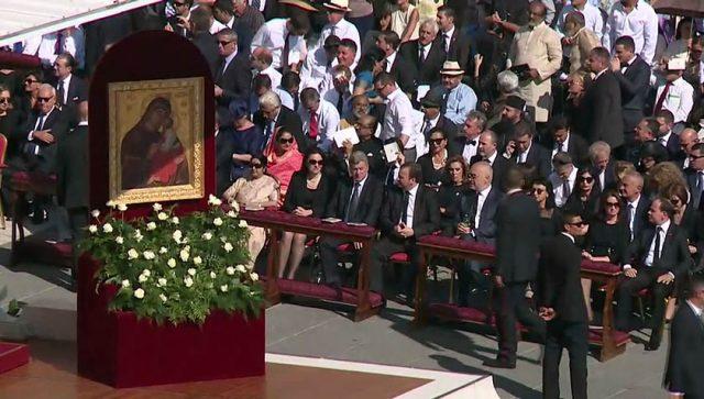 Македонската делегација на церемонијата на канонизација на Мајка Тереза  (ФОТО+ВИДЕО)