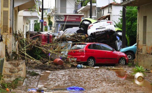 flooding_kalamata_cars-thumb-large