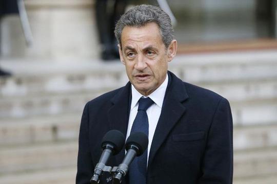 Саркози: Шенгенот не постои, сакам Франција да не се поплави од бегалци