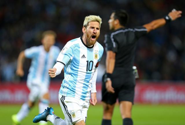 Кралот се врати: Меси го сруши Уругвај (ВИДЕО)