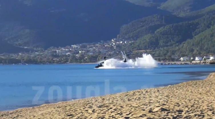 Грчки борбен хеликоптер се урна во море, нема загинати