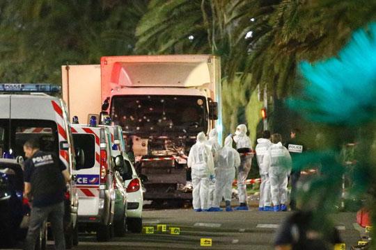 Уапсени 8 лица осомничени за поврзаност со терористот од Ница