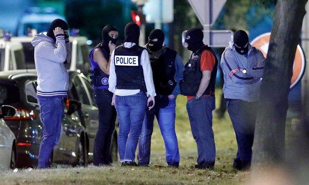 Три жени подготвувале атентат на железничка станица во Париз
