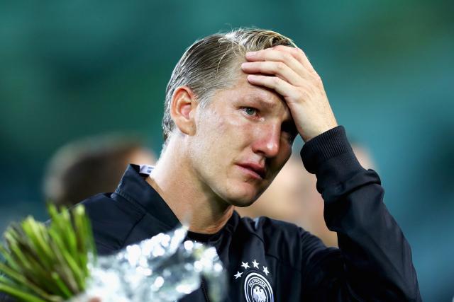 Мурињо сепак го пријави Швајнштајгер за натпреварите од Премиер лигата