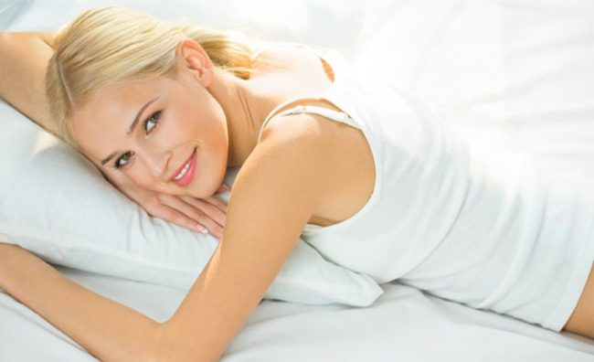 woman-in-bed-820x500