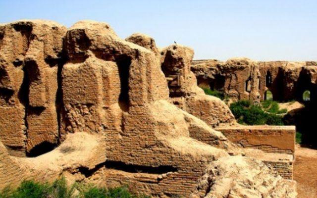 Стариот Град Термез