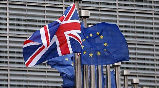По брегзит, Британците се повеќе бараат ирско државјанство