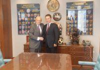 Претседателот на ВМРО-ДПМНЕ Никола Груевски на  средба со конгресменот од Њу Џерси Бил Пасквел