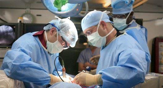 hirurg-lekar-operacija
