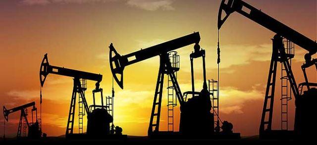 Цената на нафтата во пад поради зголемување на производството во САД