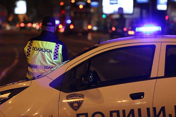 Тешка сообраќајка во Ново Лисиче, се судриле мотор и такси