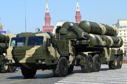 Русија договори испорака на ракетните системи С-400 за Индија