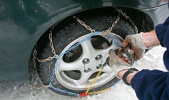 Од денеска задолжителна зимска опрема во возилата