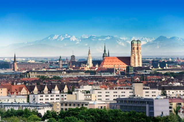 Во Минхен ќе се гради ѕид против бегалци