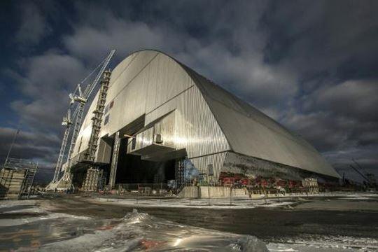 Над нуклеарката во Чернобил поставен нов заштитен објект