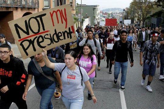 Нови протести за изборот на Трамп за претседател