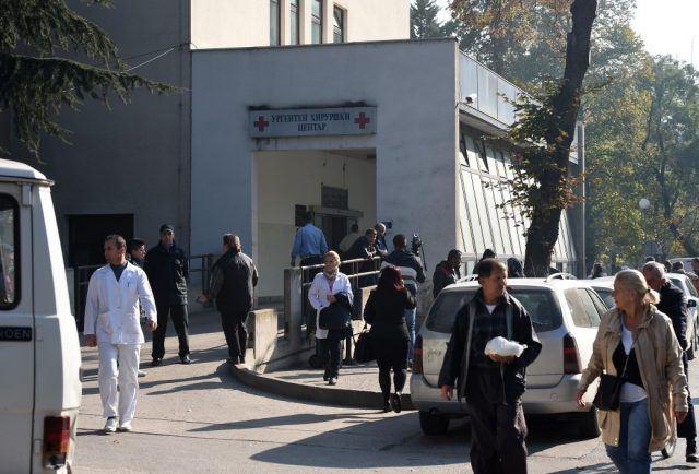 Прегазен кавадарчанец, итно пренесен во Клиничкиот центар Скопје