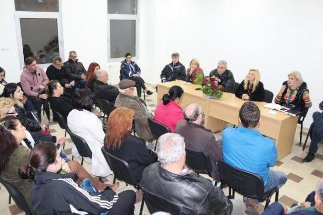 Работна средба на Беличанец Алексиќ со жителите на 11 Октомври згради и Цветан Димов