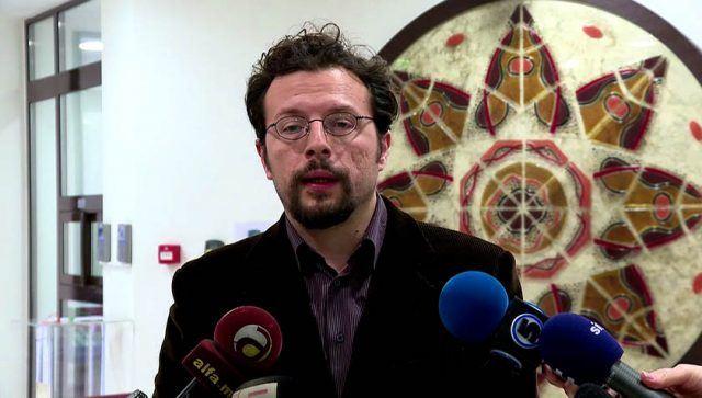 Чилиманов: За исти прекршоци едни телевизии се казнуваат, a на други им се прегледува низ прсти