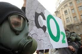 Протести на Eco Guerilla за загадувањето во Тетово