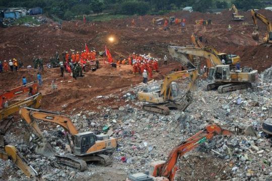 Најмалку четворица загинати при несреќа во рудник во Турција