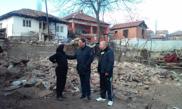 Чифлиганец ќе обнови опожарена куќа во Дедино и донира во училишта во Радовиш и Раклиш