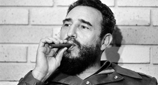 Аманет од Кастро: Да не се подигнуваат споменици и именуваат улици во негова чест