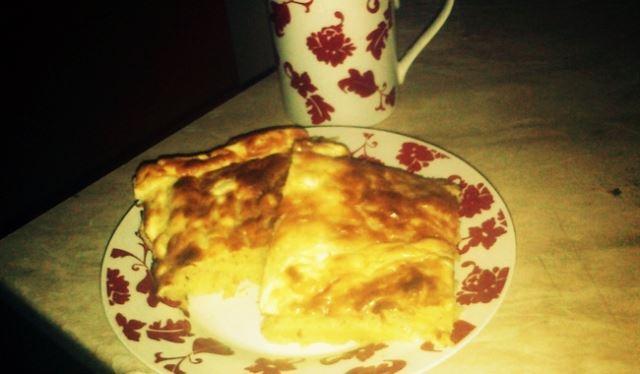 Пита со компири без кори и брз ролат со кафе
