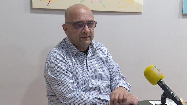 Вработен во администрација се жали дека добил предупредувачко писмо од невладината МОСТ