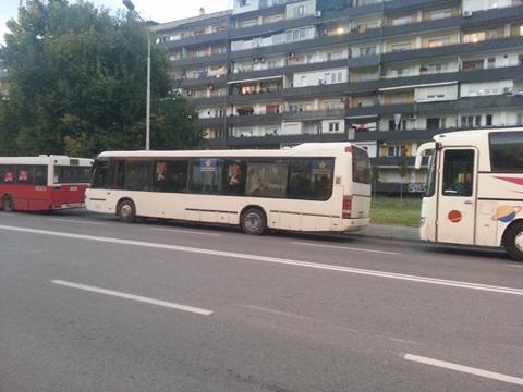 Колони автобуси за вечерашниот митинг на СДСМ (ФОТО)