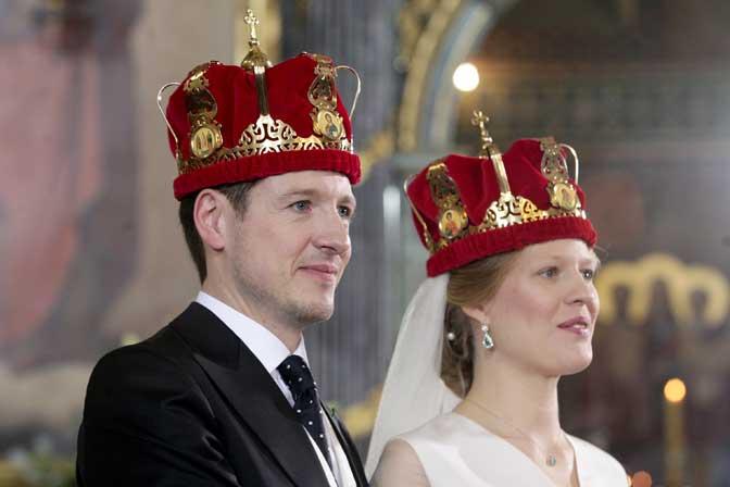 Се венчаа принцот Филип Караѓорѓевиќ и Даница Маринковиќ (ФОТО)