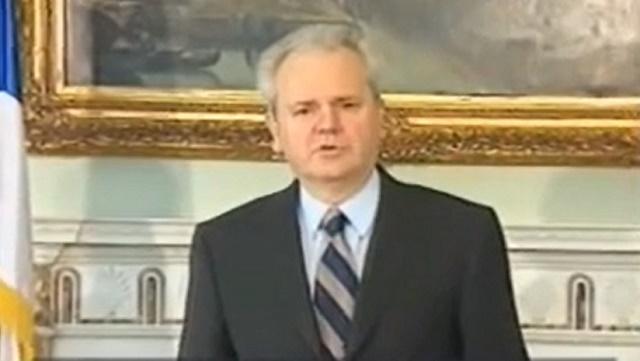 Говорот на Милошевиќ од 2000-та и денес ги возбудува духовите