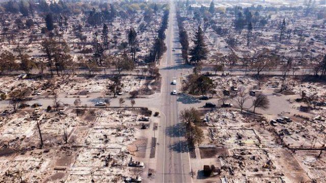 Калифорниската огнена стихија однесе најмалку 23 живота и уништи 3.500 објекти