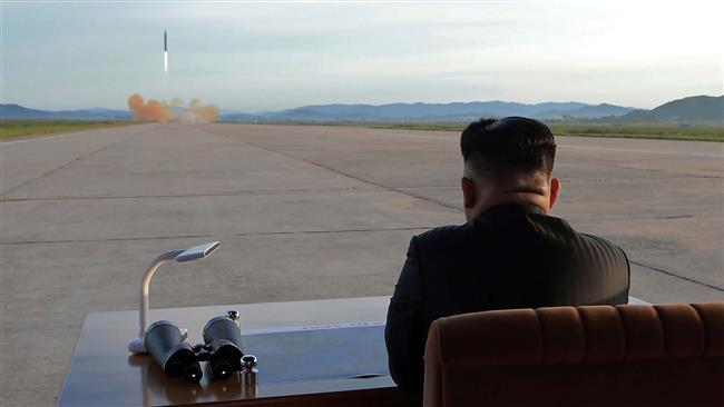 Трамп: Моето нуклеарно копче е поголемо од севернокорејското