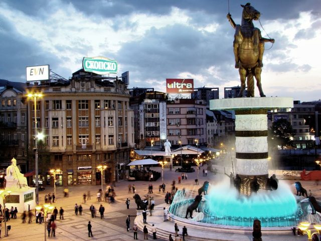 Aнкета на ИПИС: Македонците имаат најпозитивно мислење за Србија, најнегативно за Косово, а стравуваат од Грција
